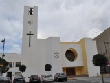En modern kyrka i Puerto de Mazarr´0n