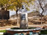 Staty i en liten park i Mazarrón.