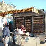 Matställe på marknaden i Puerto de Mazarrón. Här köper man revbensspjäll och kyckling.