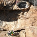Cueva del Agua. Minnesskylt efter dykolyckan