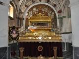 En altartavla i ett sidoskepp i Iglesias de la Purisima i Mazarrón.